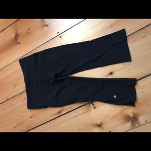 Lululemon cropped high waisted yoga pant